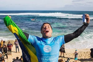 Adriano de Souza: 2015 WSL World Champion