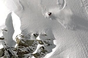 DC Snowboarding: Devun Walsh x Ryan Tiene