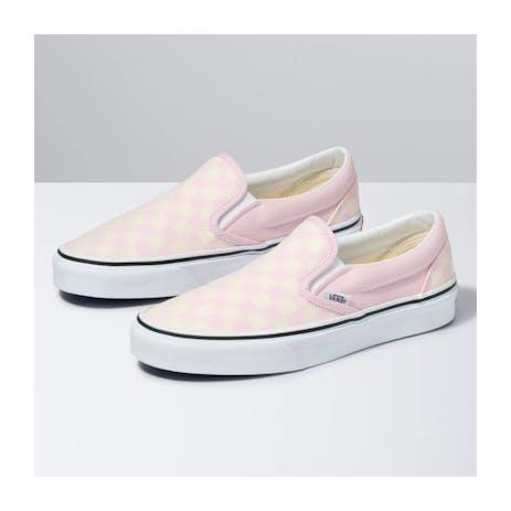 Vans Classic Slip-On Women's Skate Shoe - Blushing Bride/Strawberry