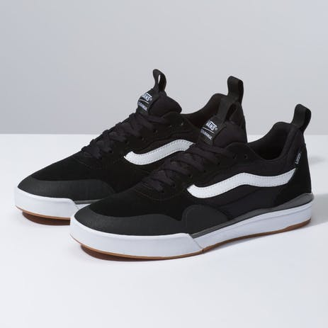 Vans Ultrarange Pro 2 Skate Shoe - Black/White