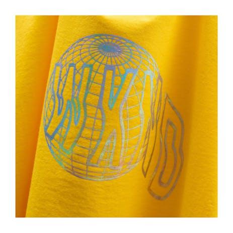 WKND Globe T-Shirt - Yellow